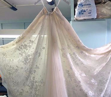 image-170289-xionati_wedding-dry-cleaning.jpg?1466773262568